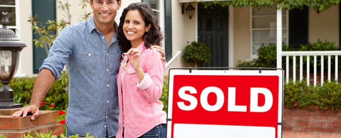 9-tips-first-time-buyers-main-couple
